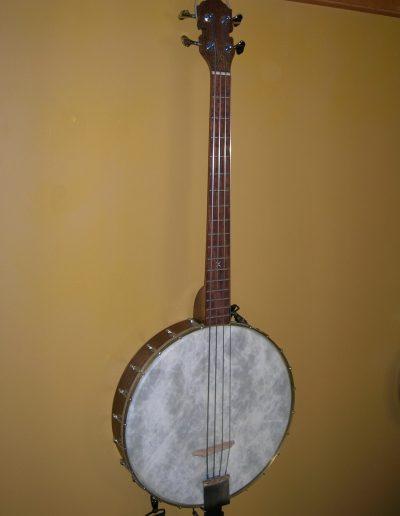 4-String Bass Banjo