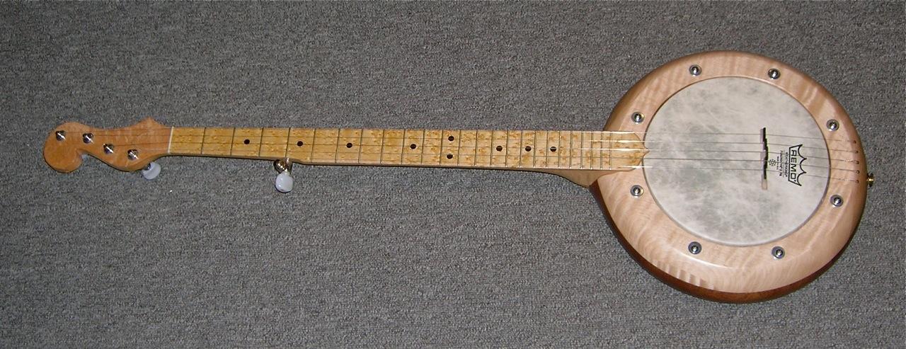 Custom Banjo in Birds Eye Maple, Curly Maple and Mahogany