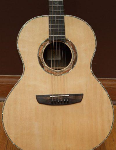 Sitka Spruce Top of Ziricote Guitar